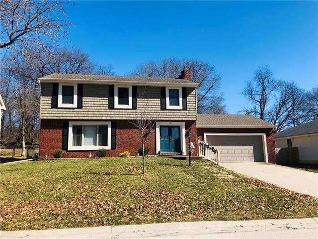501 Woodcrest Drive, St Joseph, MO 64506 (#2210844) :: House of Couse Group