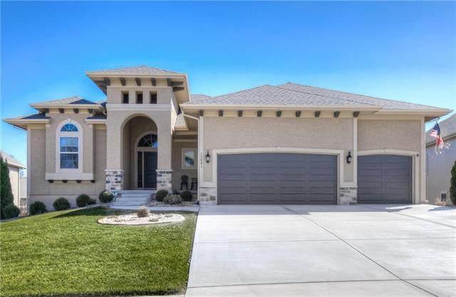 15881 W 163rd Terrace, Olathe, KS 66062 (#2210979) :: Team Real Estate
