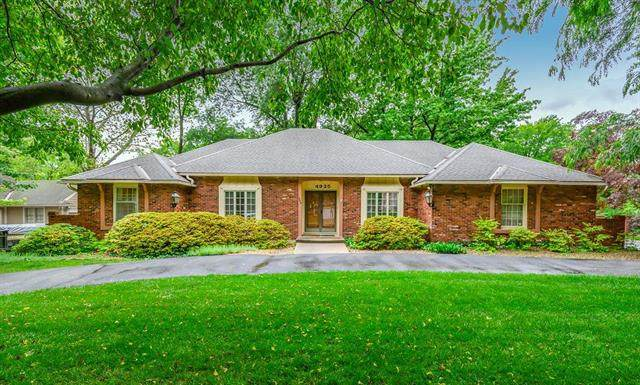 4925 W 97th Street, Overland Park, KS 66207 (#2211134) :: Dani Beyer Real Estate