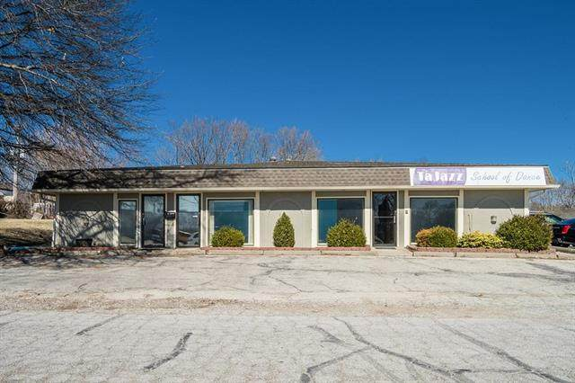 1100 NW Knox Street, Blue Springs, MO 64015 (#2211283) :: Team Real Estate