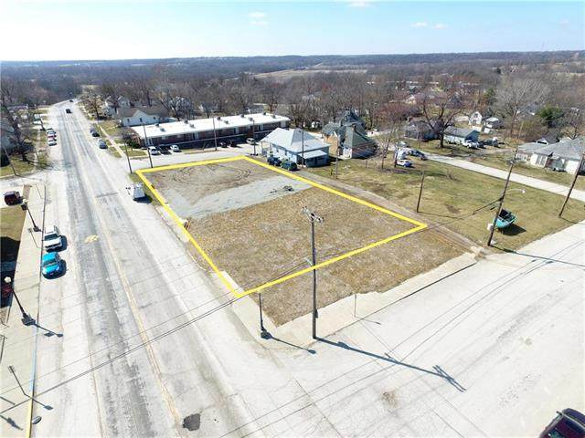 611 Main Street, Trenton, MO 64683 (#2211298) :: House of Couse Group