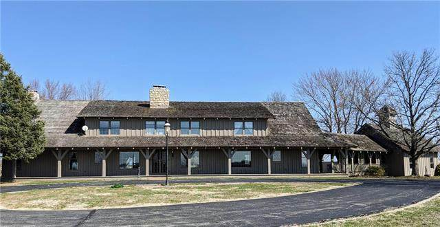 19300 E State Route 58 Highway, Pleasant Hill, MO 64080 (#2211316) :: House of Couse Group