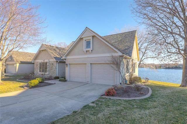 4525 NE Waters Edge Street, Lee's Summit, MO 64064 (#2211747) :: Eric Craig Real Estate Team