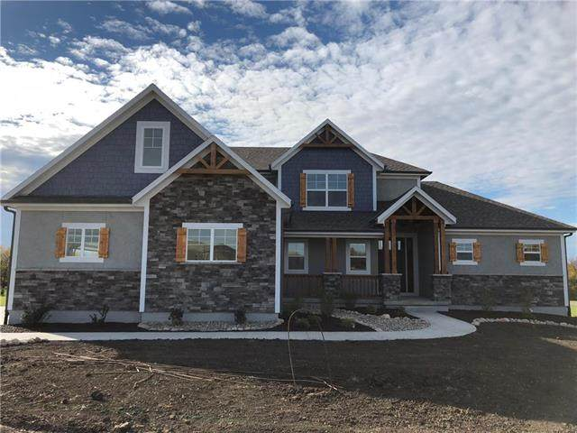 30307 Woodland Drive, Pleasant Hill, MO 64080 (#2211795) :: Dani Beyer Real Estate