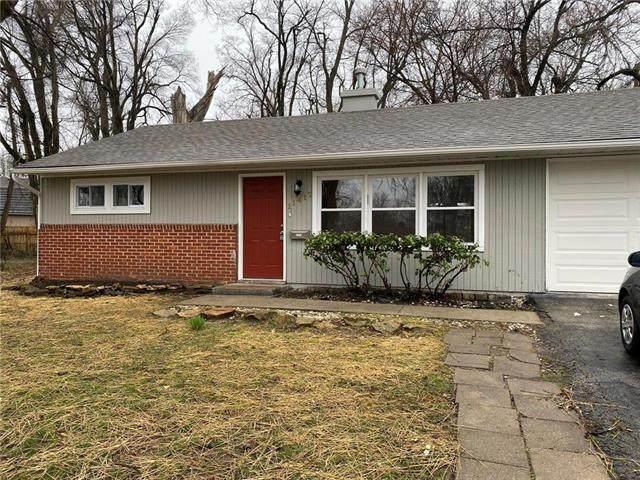 11417 Delmar Circle, Kansas City, MO 64134 (#2212233) :: Team Real Estate