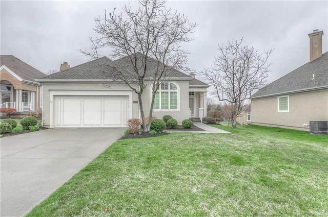11882 S Carriage Road, Olathe, KS 66062 (#2212244) :: Team Real Estate