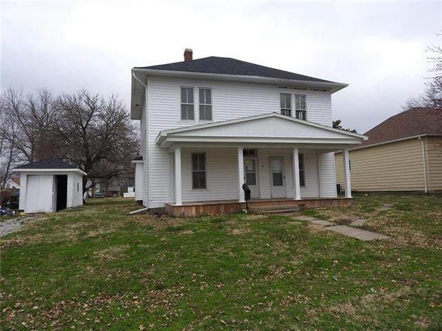 104 E 14th Street, Higginsville, MO 64037 (#2212452) :: Eric Craig Real Estate Team