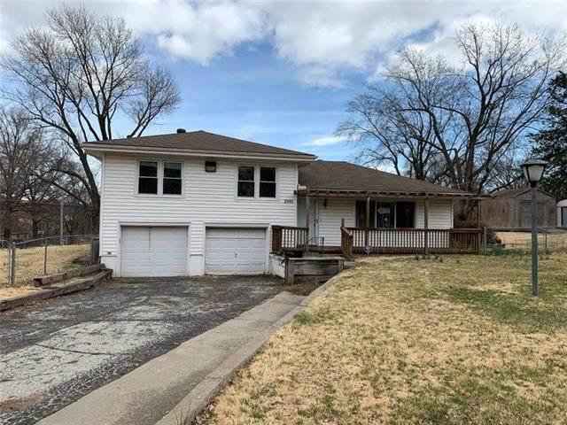 2901 Ashland Ridge Road, Kansas City, MO 64129 (#2212506) :: House of Couse Group