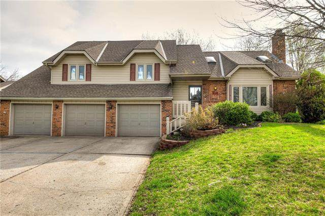 1609 NE 83rd Terrace, Kansas City, MO 64118 (#2212542) :: House of Couse Group