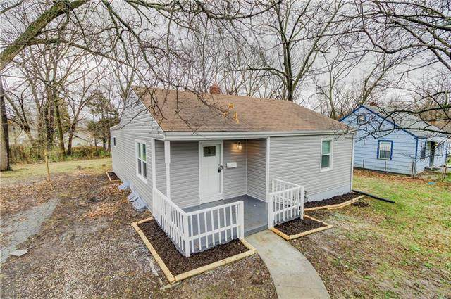 7109 Olive Street, Kansas City, MO 64132 (#2212721) :: House of Couse Group