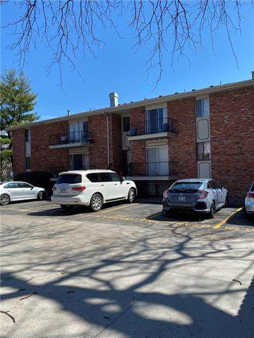 8221 Santa Fe Drive #12, Overland Park, KS 66204 (#2212849) :: Team Real Estate