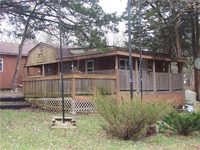 2 Biscayne Cove, Mound City, KS 66056 (#2212988) :: Team Real Estate