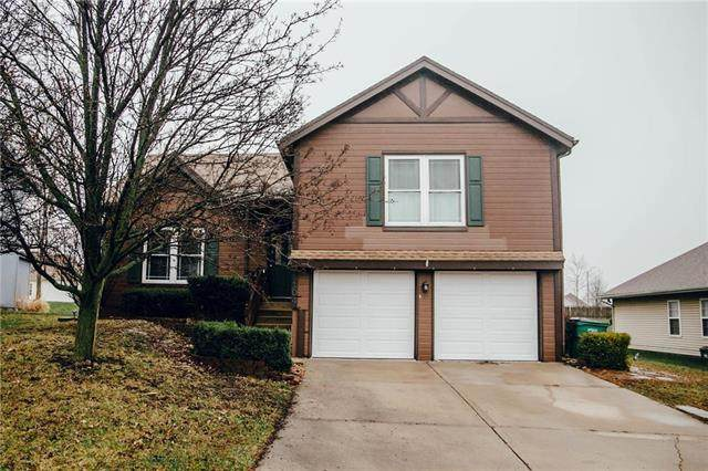 1104 Pleasant Hill Drive, Platte City, MO 64079 (#2213108) :: Eric Craig Real Estate Team
