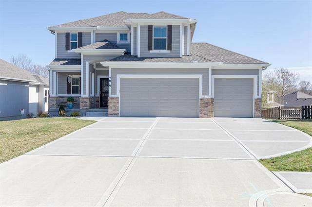 2019 W Springs Way, Excelsior Springs, MO 64024 (#2213228) :: The Shannon Lyon Group - ReeceNichols