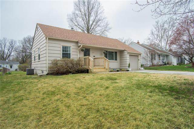 5201 W 72nd Street, Prairie Village, KS 66208 (#2213420) :: House of Couse Group