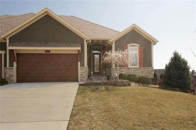 10017 Millstone Drive, Lenexa, KS 66220 (#2213486) :: Eric Craig Real Estate Team