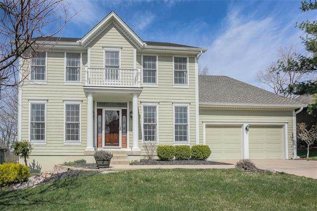7904 NW Twilight Place, Parkville, MO 64152 (#2213516) :: Ron Henderson & Associates