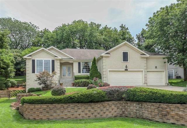 5641 Haskins Street, Shawnee, KS 66216 (#2213542) :: House of Couse Group