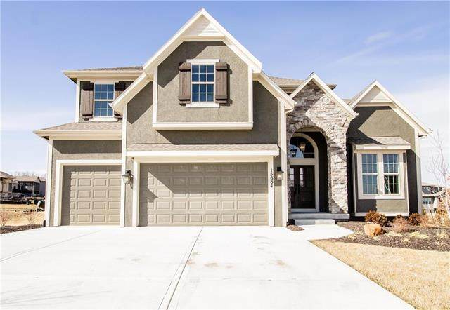 15684 W 165th Terrace, Olathe, KS 66062 (#2213578) :: Team Real Estate