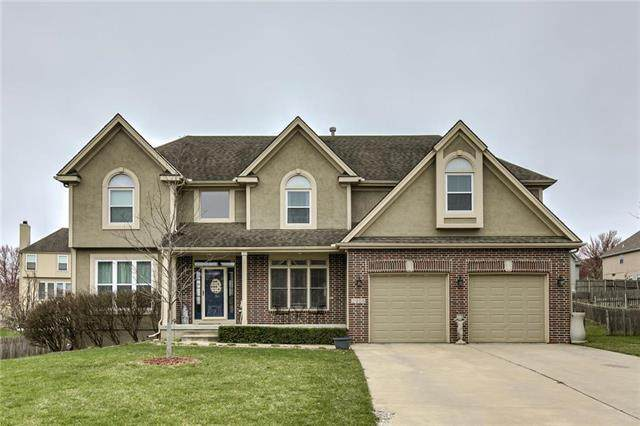 2905 SW Bridlewood Circle, Lee's Summit, MO 64081 (#2213648) :: House of Couse Group