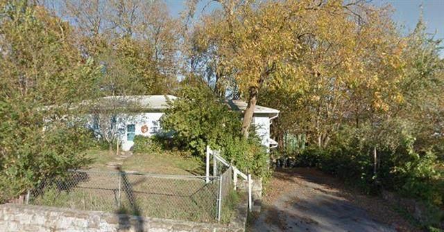7101 Maurer Road, Shawnee, KS 66217 (#2213701) :: The Shannon Lyon Group - ReeceNichols