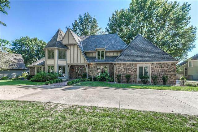 5107 W 112th Street, Leawood, KS 66211 (#2213710) :: Audra Heller and Associates