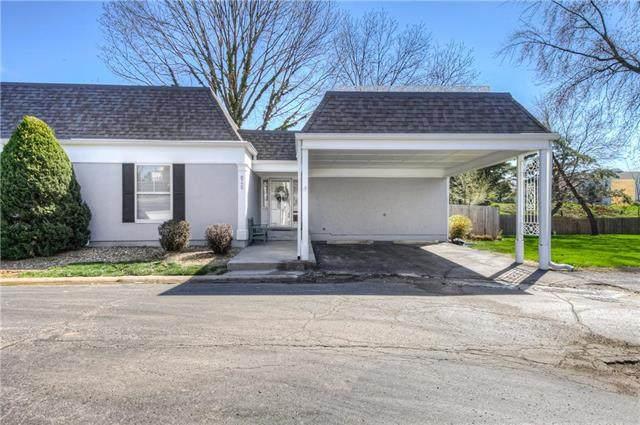 8729 Walmer Street, Overland Park, KS 66212 (#2213920) :: House of Couse Group