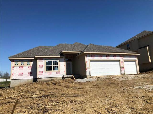 5210 NE 91 Terrace, Kansas City, MO 64156 (#2214019) :: Dani Beyer Real Estate