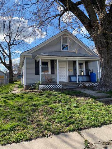 1024 S Woodland Avenue, Independence, MO 64050 (#2214060) :: Kedish Realty Group at Keller Williams Realty