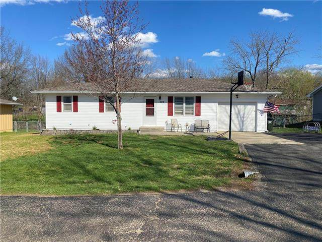 179 SE 411th Road, Warrensburg, MO 64093 (#2214062) :: Kedish Realty Group at Keller Williams Realty