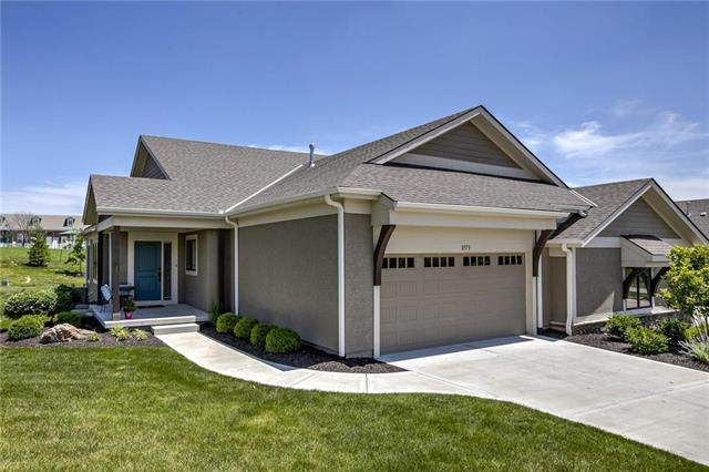 11573 S Waterford Drive, Olathe, KS 66061 (#2214122) :: The Shannon Lyon Group - ReeceNichols