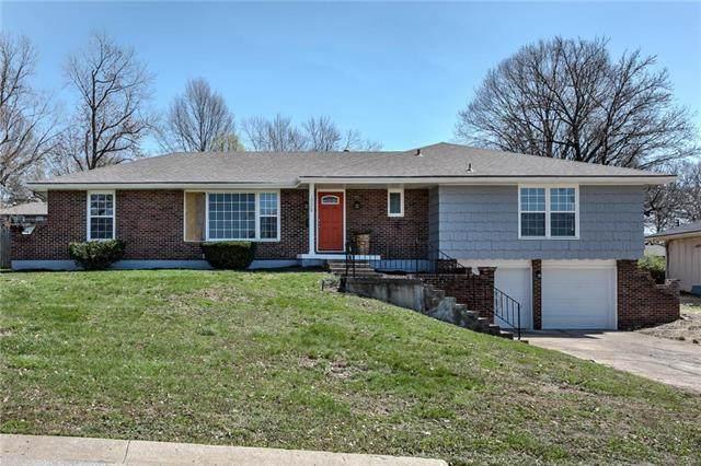 10909 Bales Avenue, Kansas City, MO 64137 (#2214191) :: Audra Heller and Associates