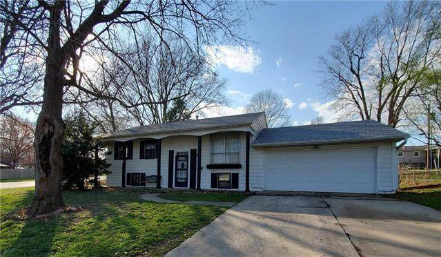 900 N Piute Avenue, Independence, MO 64056 (#2214200) :: Audra Heller and Associates