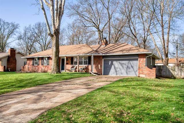 4756 Bond Street, Shawnee, KS 66203 (#2214216) :: House of Couse Group