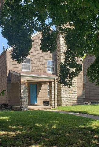 4641 Harrison Avenue, Kansas City, MO 64110 (#2214272) :: Ron Henderson & Associates