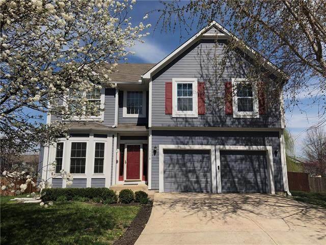 17378 W 158th Terrace, Olathe, KS 66062 (#2214358) :: House of Couse Group