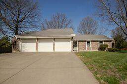 2728 E 28th Street Court, Independence, MO 64055 (#2214375) :: Ask Cathy Marketing Group, LLC