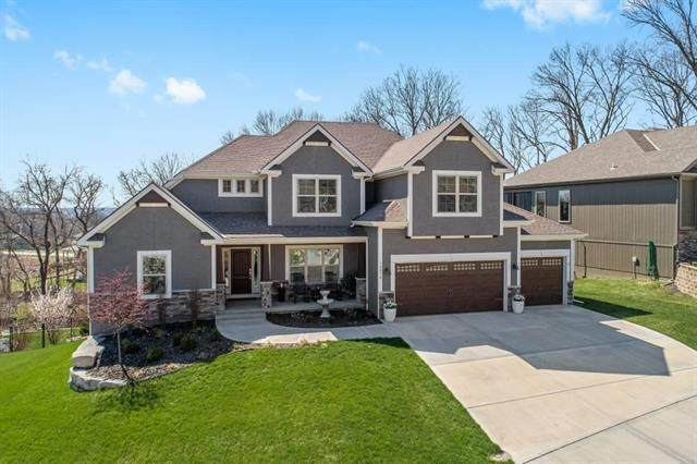 14070 Trail Creek Court, Parkville, MO 64152 (#2214386) :: Ask Cathy Marketing Group, LLC