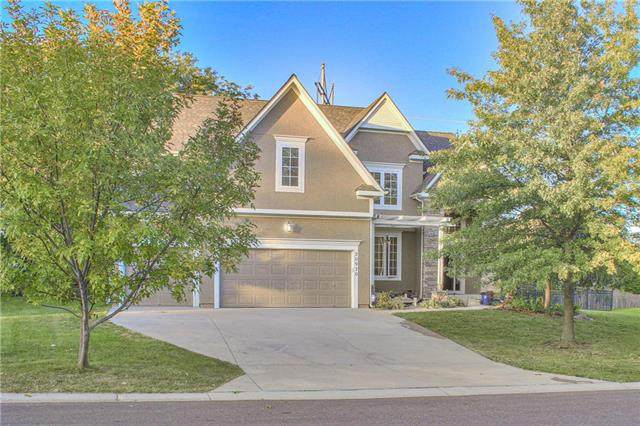 20920 W 99th Street, Lenexa, KS 66220 (#2214406) :: Team Real Estate