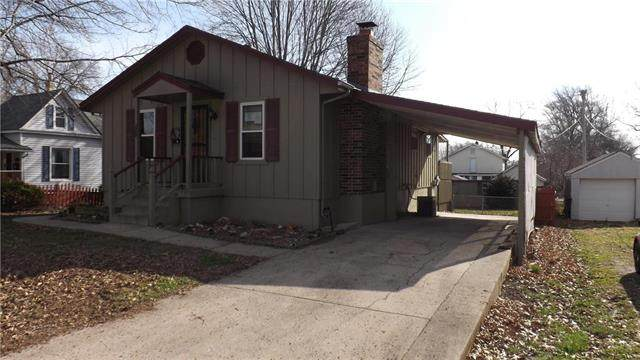 406 SW 16th Street, Blue Springs, MO 64015 (#2214465) :: Team Real Estate