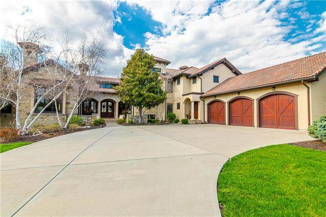10410 Mohawk Road, Leawood, KS 66206 (#2214498) :: House of Couse Group