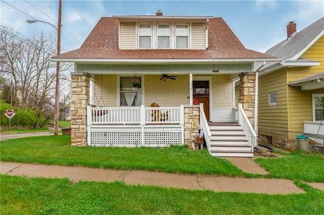 2301 S 8th Street, Kansas City, KS 66103 (#2214554) :: Austin Home Team