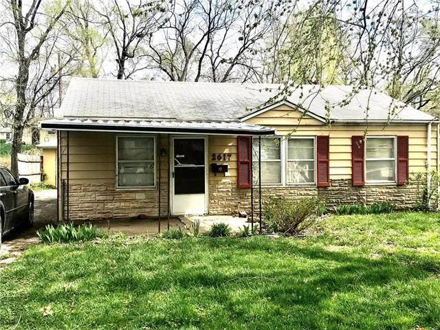 2617 S 49th Street, Kansas City, KS 66106 (#2214589) :: Eric Craig Real Estate Team