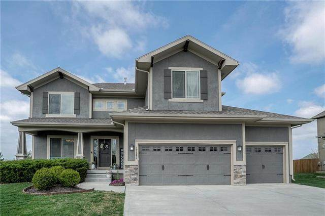 12602 S Laci Circle, Lee's Summit, MO 64086 (#2214751) :: House of Couse Group