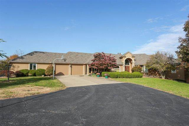 19414 S Raffurty Road, Pleasant Hill, MO 64080 (#2214807) :: Team Real Estate