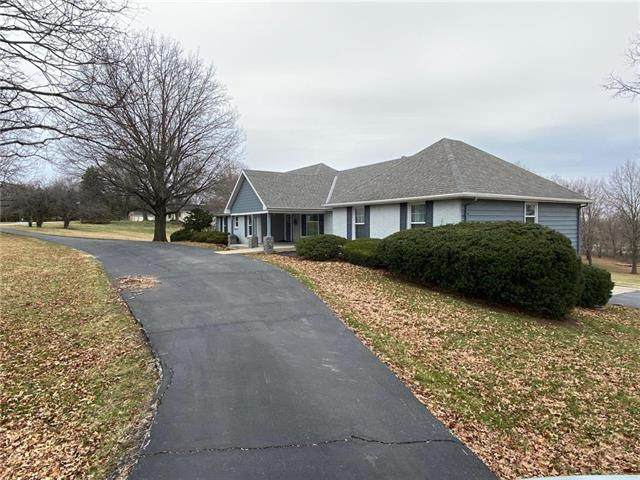 12811 Lakeland Drive, Country Club, MO 64506 (#2214832) :: Ask Cathy Marketing Group, LLC