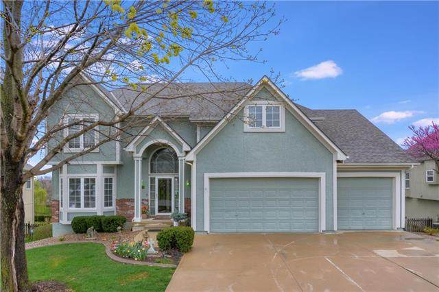 746 SW Derby Drive, Lee's Summit, MO 64081 (#2214912) :: House of Couse Group