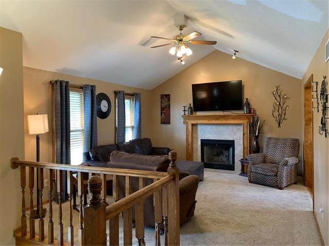 8515 N Winan Avenue, Kansas City, MO 64153 (#2214950) :: NestWork Homes