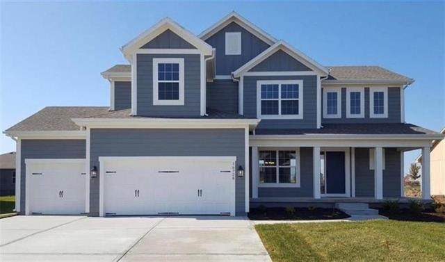 19001 W Skyview Lane, Spring Hill, KS 64083 (#2215063) :: Five-Star Homes