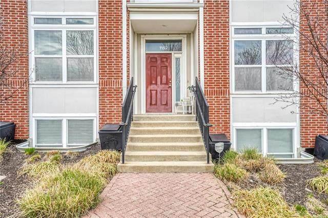 1152 NE Beacon Hill Lane, Kansas City, MO 64108 (#2215092) :: NestWork Homes
